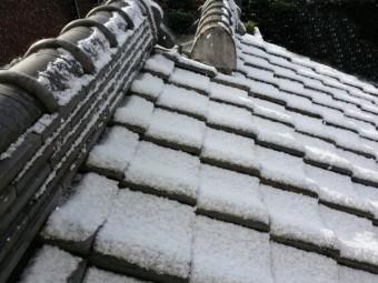 瓦屋根 雪