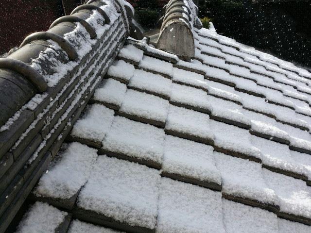 積雪シーズンを迎える前に!冬特有の雨漏りとは?