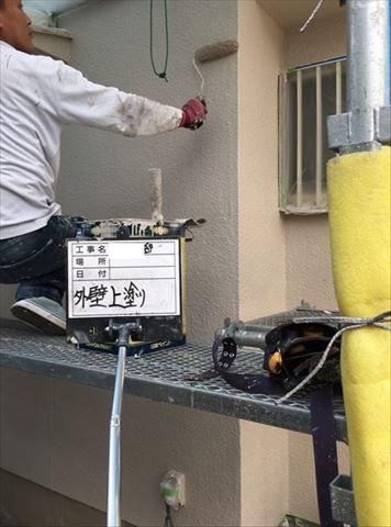 加古川市の外壁塗装工事のパーフェクトベスト上塗り