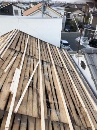 加古川市の瓦撤去後の野地板の下地