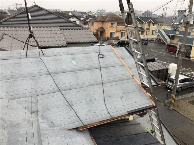 加古川市の葺き替え工事の防水紙の施工
