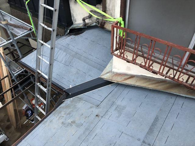 加古川市のアスファルトシングル施工の谷板金