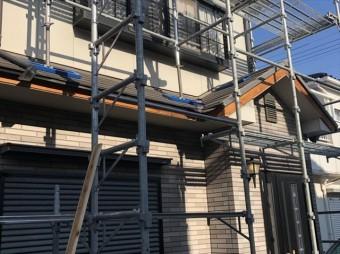 加古川市の既存の破風板の交換作業