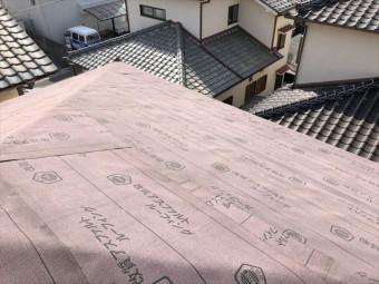 高砂市の葺き替え工事のルーフィングの施工