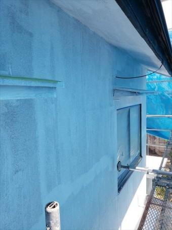 姫路市の外壁塗装工事の下塗り作業完了