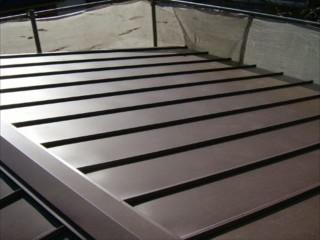 トタン屋根をガルバリウムへ葺き替え