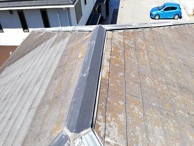 屋根塗装前の変色した屋根