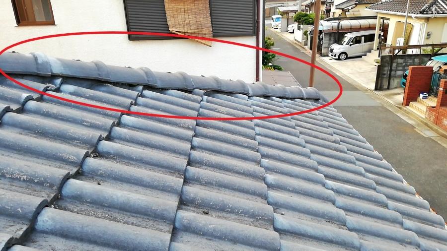 高砂市の台風でずれた棟瓦の写真