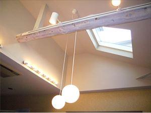 失敗すると雨漏りへの近道!?天窓を取り付けた場合の影響とリスク