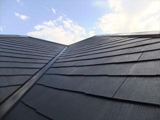 相生市屋根塗装中塗り塗装後の屋根