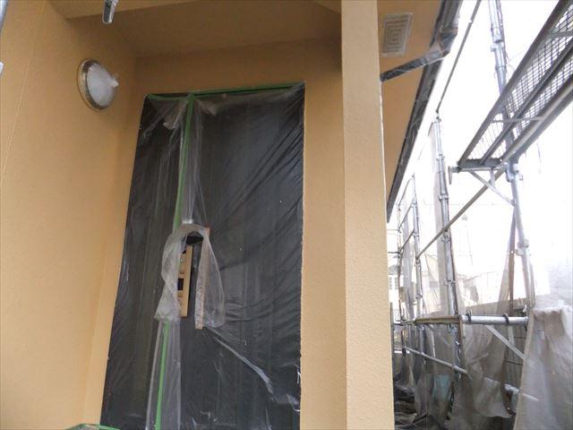 相生市の玄関まわりの中塗り