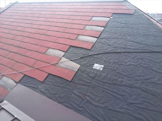 スレート屋根 カバー工法途中