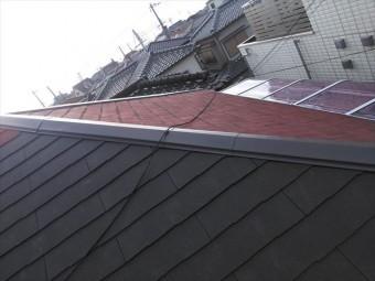 加古川市の雨漏り被害のスレート屋根と棟板金