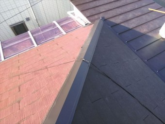 加古川市の葺き替え作業での棟板金交換完工写真