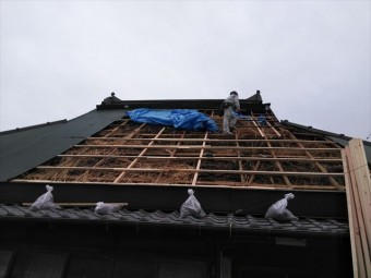 神河町の茅葺き屋根の下地復旧
