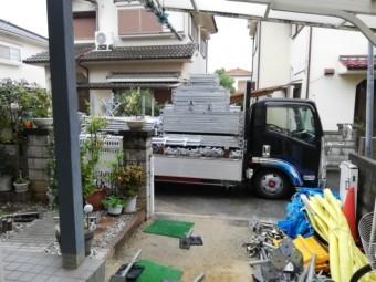 加古川市の足場材の搬入トラック