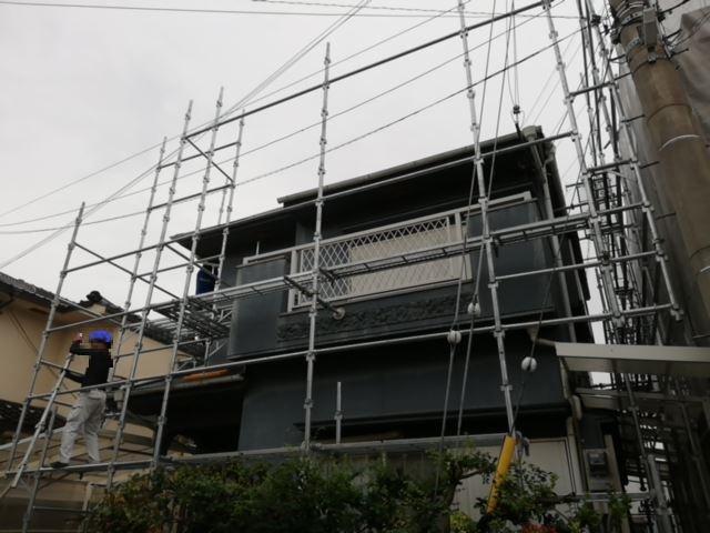 加古川市の塗装足場の作業写真