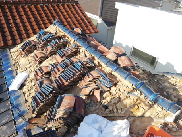土葺き施工の瓦屋根