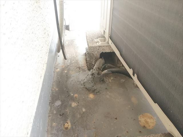 姫路市のバルコニー面の配管