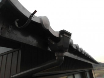 姫路市 雨樋交換工事 吊り金具