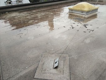加古郡播磨町の陸屋根のテレビアンテナ固定用金具