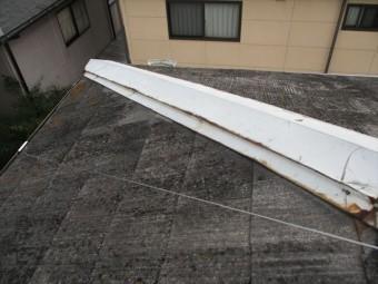 姫路市香寺町の飛散跡のある棟板金