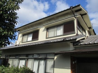 姫路市飾磨区の外壁塗装後の1階開口部分