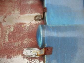 加古川市の雨漏り点検のステンレス谷樋ビス天打ち