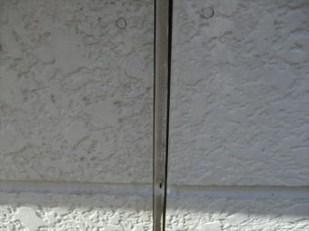 明石市の外壁のコーキングの隙間