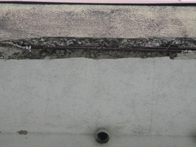 加古川市の築古年の賃貸物件の露筋