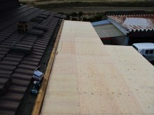 加西市の野地板施工