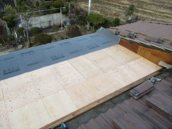加西市のルーフィング施工中の写真