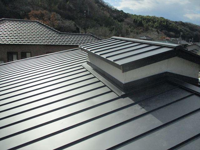 姫路市のカラーベストから金属屋根葺き替え工事完工写真
