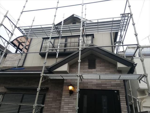 加古川市で破風板交換の為の足場施工