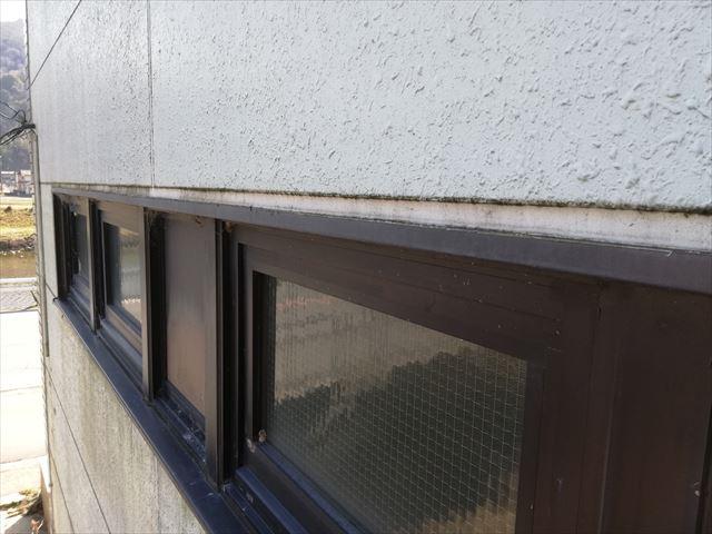 姫路市の雨漏り調査の排煙窓
