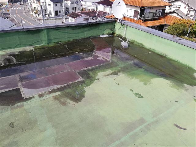 姫路市の雨漏りの陸屋根の散水試験状況