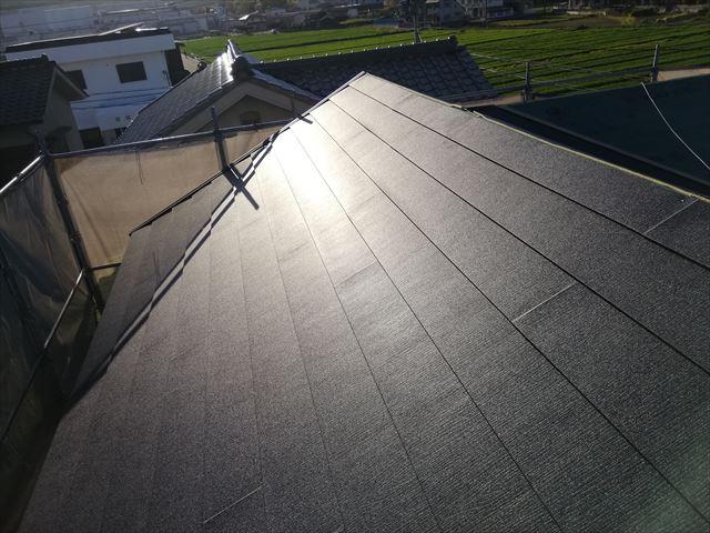 たつの市の屋根葺き替え工事のスーパーガルテクトと役物板金施工