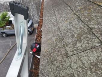 神戸市の屋根無料点検の軒樋の落葉