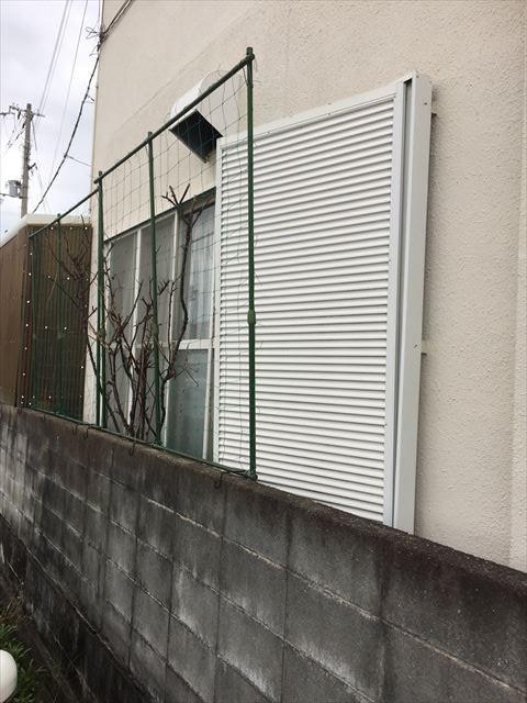 加古川市の雨戸の台風被害