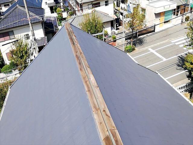 春先に吹く突発的な強風にご注意!!屋根の状態は大丈夫ですか?