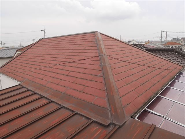 加古川市で雨漏りしたスレート屋根と瓦棒