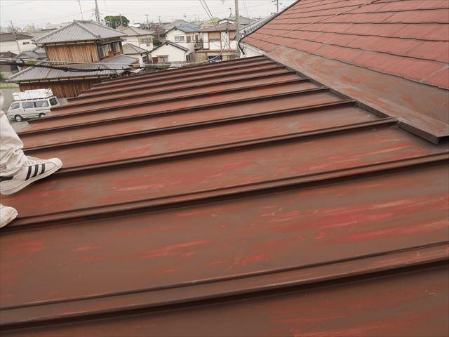 加古川市の雨漏り被害の錆びた瓦棒