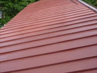 金属屋根のひとつのトタン屋根