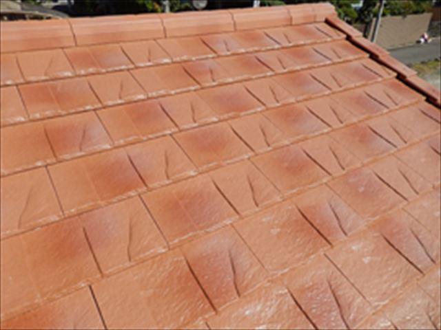 ハイブリッド屋根材 ルーガを取り付けた屋根