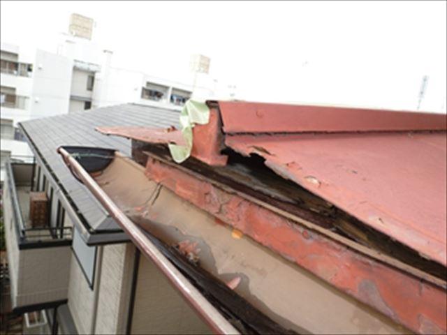金属屋根 浮き