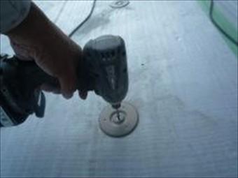 姫路市の塩ビシート防水の固定用金属製ディスク